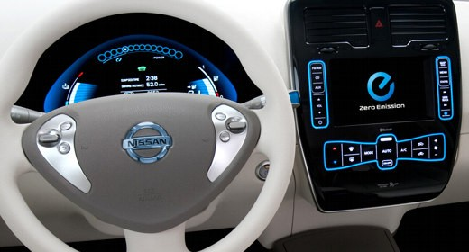 Abitacolo Nissan con Windows Embedded Automotive 7