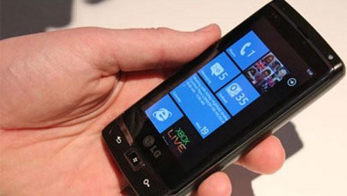 Motorola e Windows Phone 7