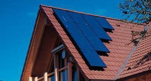 Pannelli solari su una casa