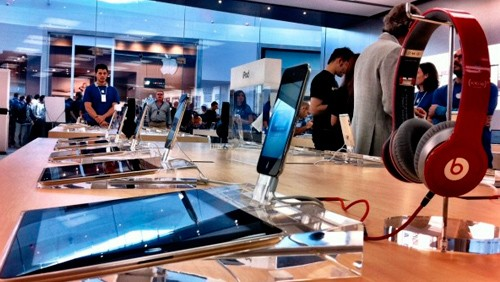 Inaugurazione Apple Store Catania