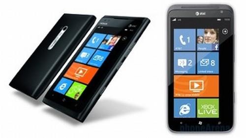 Nokia Lumia 900 - HTC Titan II