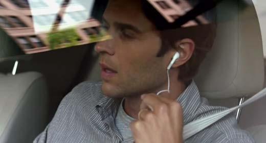 iPhone 4S, cuffie