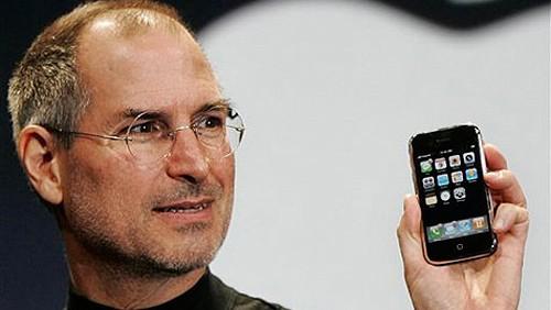 9 gennaio 2007: Steve Jobs presenta l'iPhone