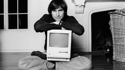 Steve Jobs e il primo Macintosh