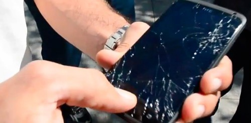 HTC One X, crash test