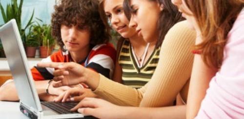 Giovani e Web