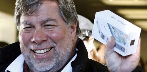 Steve Wozniak con iPhone 4S.
