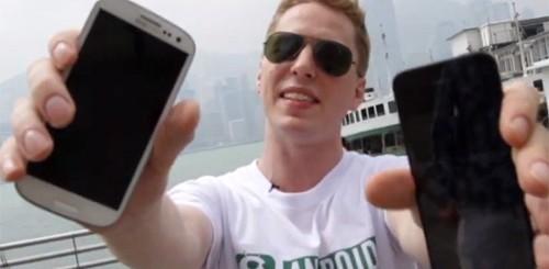 iPhone 5 vs. Samsung Galaxy S3, crash test