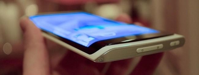 Prototipo di smartphone con Youm