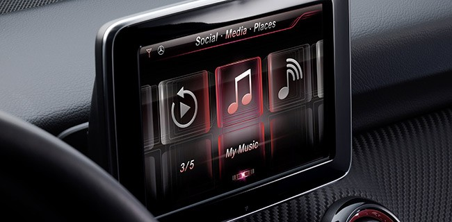 Ces 2013 siri sbarca sulle mercedes benz webnews for Mercedes benz cupertino