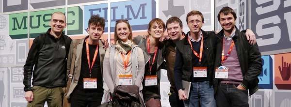 Marco Rossella (secondo da sinistra) ad Austin, ha vinto il premio per il miglior sito personale. (da @Marco_Rossella)
