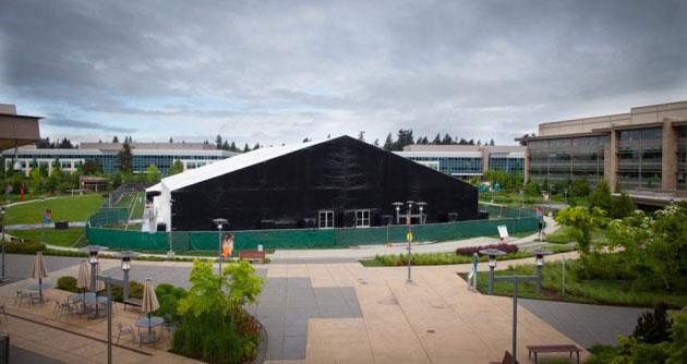 La struttura in cui avrà luogo il keynote di presentazione della nuova Xbox.