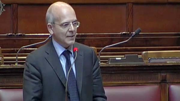L'on. Palmieri (Pdl), oggi alla Camera ha posto una interrogazione con risposta immediata sulla questione dell'agenzia digitale.