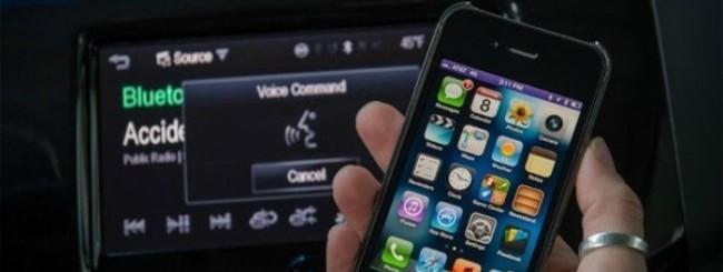 iPhone e Siri sull'automobile