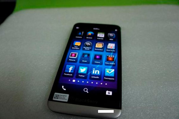 La parte frontale del BlackBerry A10
