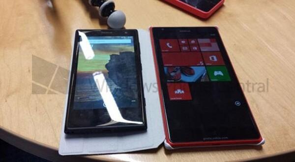 Nokia Lumia 1520, il phablet a destra