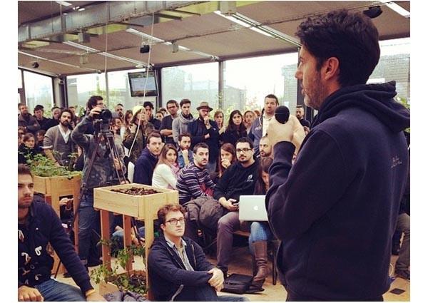 Riccardo Donadon ad H-FARM ha tenuto a battesimo l'hack dedicato al fashion. Ne verranno altri.