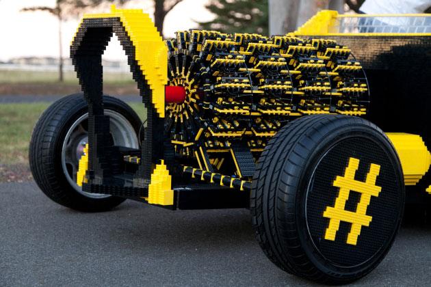I quattro motori ad aria compressa della LEGO car.
