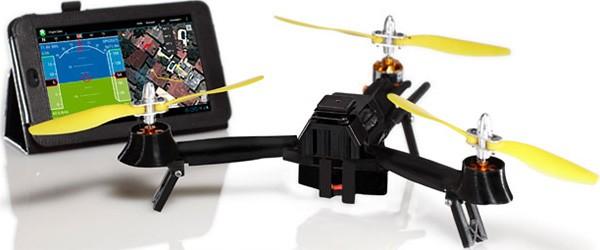 The Pocket Drone, il drone che in pochi giorni ha raccolto oltre 350.000 dollari sulla piattaforma di crowd funding Kickstarter