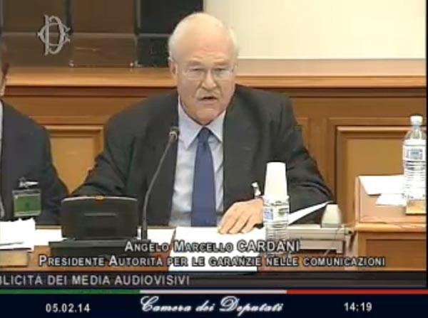Angelo Cardani, presidente Agcom, ieri davanti alle commissioni Cultura e Trasporti della Camera.
