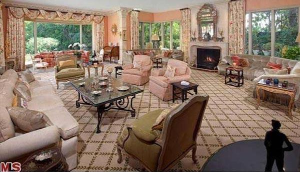 Una stanza della villa acquistata da Eric Schmidt a Hollywood