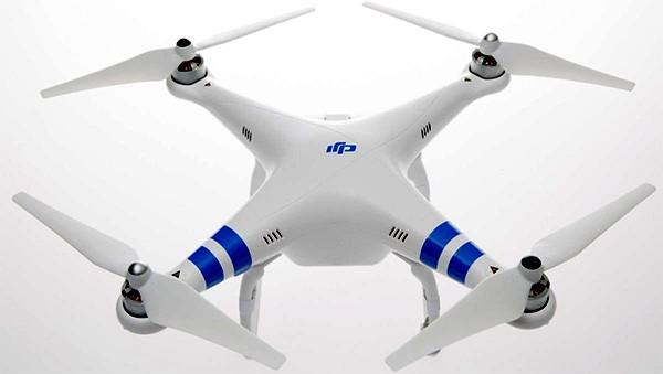 DJI Phantom 2, il drone utilizzato per dare uno sguardo da vicino all'eruzione del vulcano sull'isola di Vanuatu