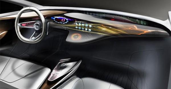 L'innovativo display LED di Opel Monza, che si estende per tutta l'ampiezza del cruscotto, da una portiera all'altra