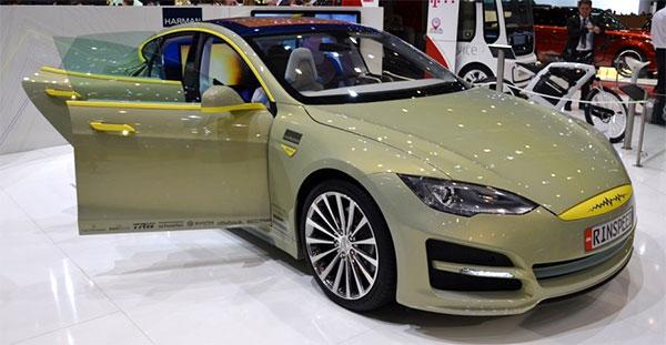 Rinspeed XchangE al Salone dell'auto di Ginevra 2014