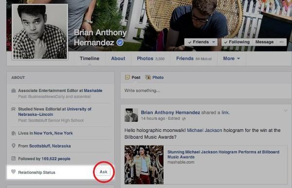 Facebook, ecco il nuovo pulsante Ask