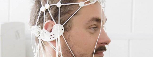 Casco EEG per la smarthome dei disabili