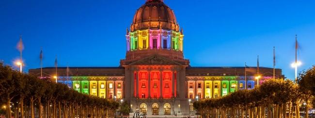 La San Francisco City Hall durante il Gay Pride