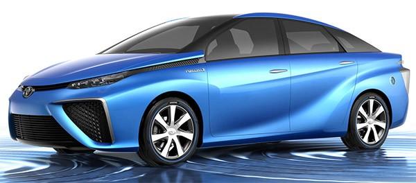 Il prototipo di auto a idrogeno presentato da Toyota al CES 2014