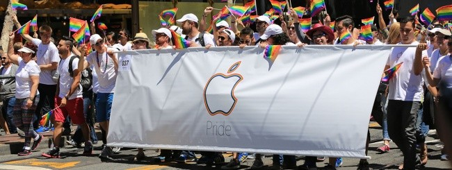 Apple al gay pride