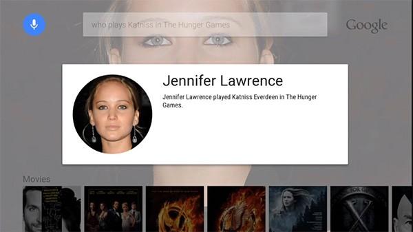 Le informazioni sull'attrice Jennifer Lawrence visualizzate dalla piattaforma Android TV, tramite un semplice comando vocale