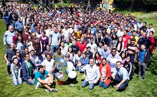 Una parte del team al lavoro su Google+ festeggia i primi tre anni del social network