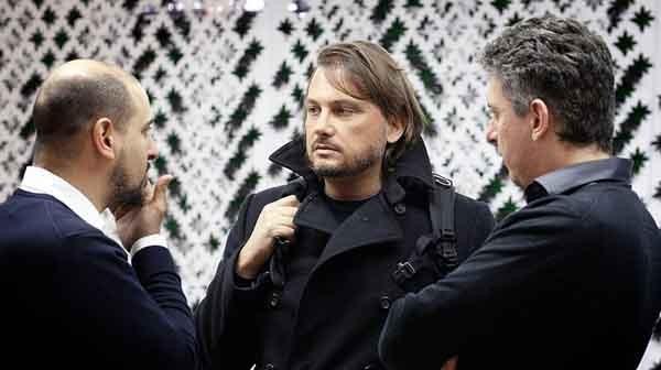 Nella foto, al centro: Paolo Barberis. L'ex fondatore di Dada, oggi founder di NanaBianca a Firenze, è socio di Italia Startup. Matteo Renzi l'ha nominato consulente per l'Innovazione di Palazzo Chigi.