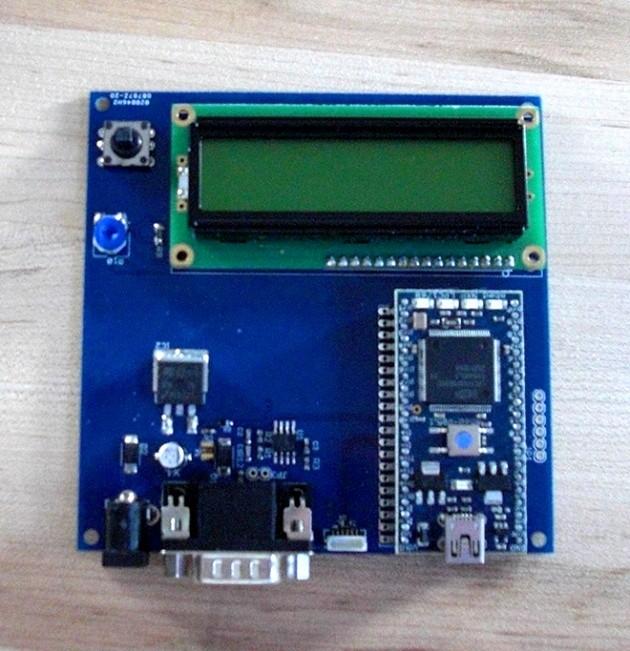 Il device anti-hacking per auto realizzato da Charlie Miller e Valasek.