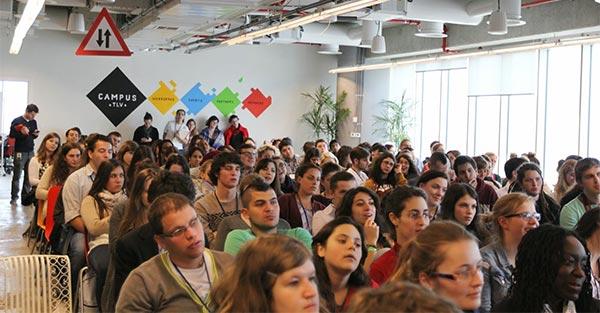 Un incontro formativo al Google campus di Tel Aviv