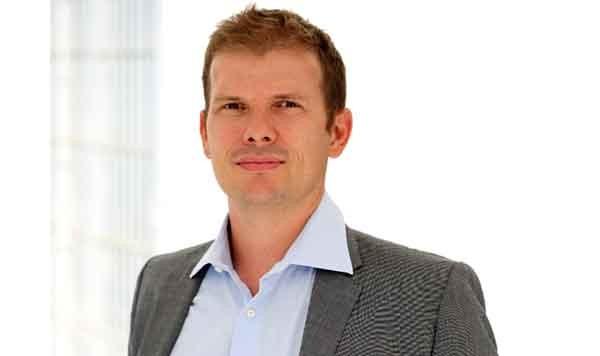 Marco Porcaro è il CEO di Cortilia. Appassionato di cibo ed ecommerce, ha fondato questa startup nel 2011. A oggi, Cortilia ha raccolto - oltre a quella di P101 - la fiducia di alcuni investitori, come il fondo di Seed Digital Investments Sca Sicar, Boox, Club Italia investimenti e alcuni Business Angels, per un totale di 2,5 miliioni di euro.