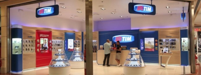 Tim premia i clienti con una polizza sulla casa webnews for Offerta telecom per clienti da piu di 10 anni