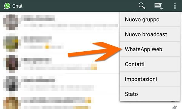 """La voce """"WhatsApp Web"""" nel menu principale dell'app su smartphone"""