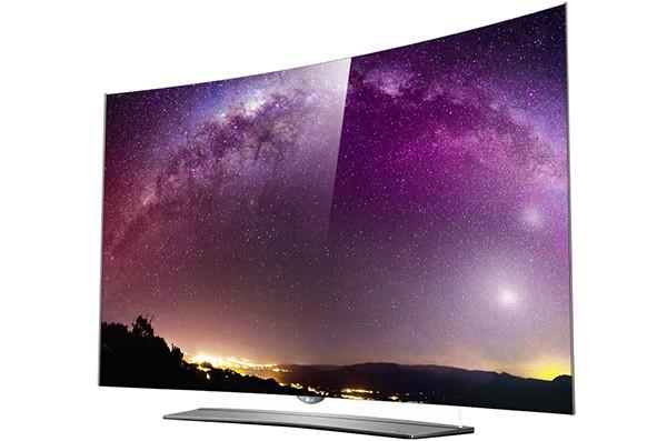 Il nuovo televisore LG EG9600, con risoluzione 4K e pannello curvo