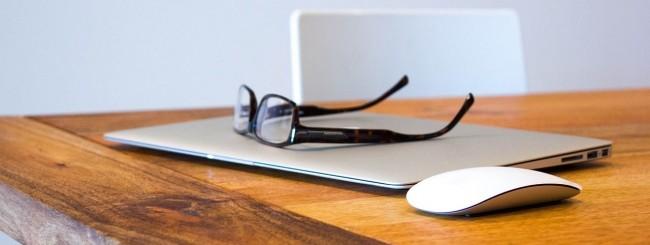 MacBook Air, tavolo