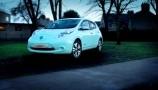 Nissan Leaf brilla nel buio con la vernice Starpath