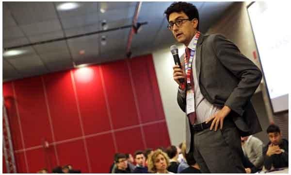 Anche Alessandro Fusacchia ha partecipato all'Hack School al GEC a Milano. Il Capo di Gabinetto del MIUR è stato nel 2012-2013  dirigente al MISE, tra i fautori della legge 221 sulle startup.
