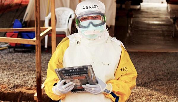Il tablet resistente al lavaggio con il cloro, progettato da Google e messo a disposizione di Medici Senza Frontiere per la lotta contro Ebola in Sierra Leone