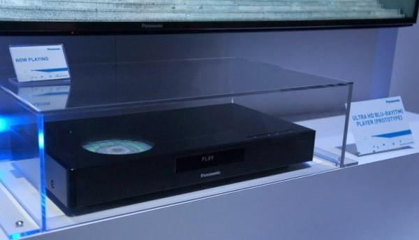 Prototipo del lettore Blu-ray Ultra HD mostrato da Panasonic al CES 2015