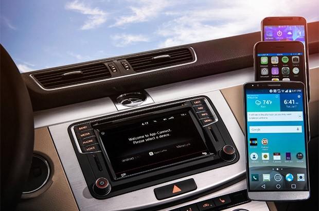 Volkswagen annuncia la compatibilità con le piattaforme Android Auto, CarPlay e MirrorLink per le vetture in arrivo sul mercato nel 2016