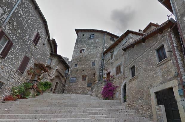 Borgo di Sermoneta (Lazio)