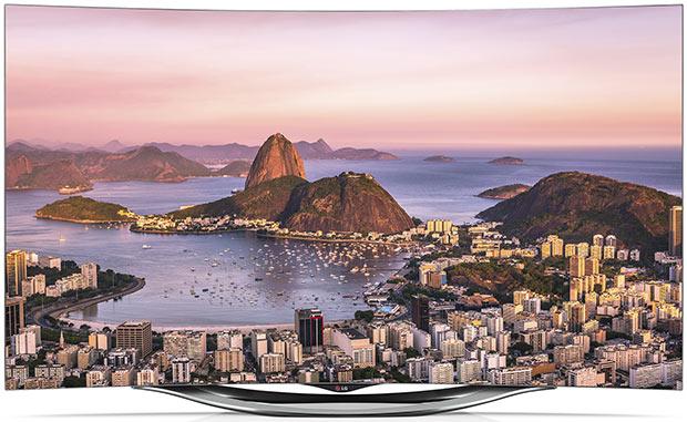 Il nuovo televisore LG 55EC900V, con pannello curvo e risoluzione Full HD